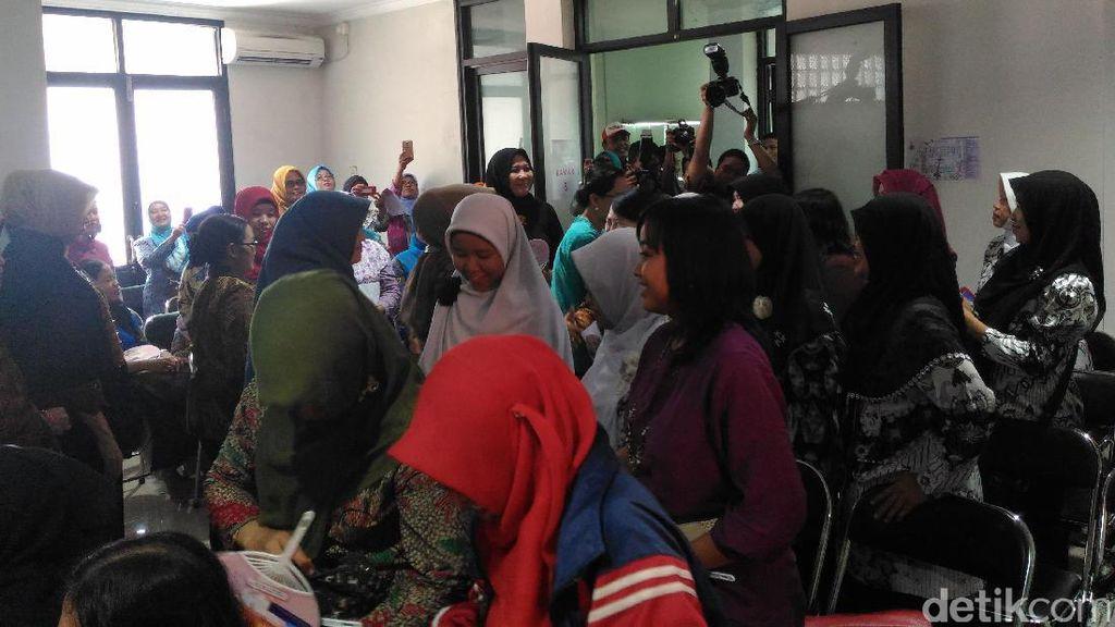 Hari Guru di Surabaya Diperingati dengan Deteksi Dini Kanker Serviks