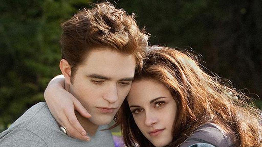 Kristen Stewart Dan Robert Pattinson Terjebak di Dalam Pesawat yang Sama