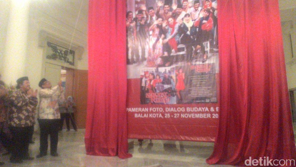 Buka Pameran Foto Lenong Rumpi, Plt Gubernur Ingatkan Pentingnya Budaya Betawi