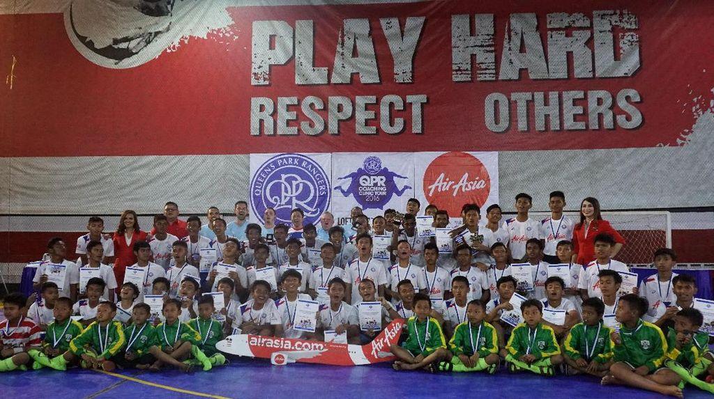 QPR Gelar Coaching Clinic di Bandung