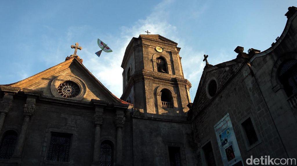 Melihat Gereja San Agustin, Peninggalan Spanyol di Manila