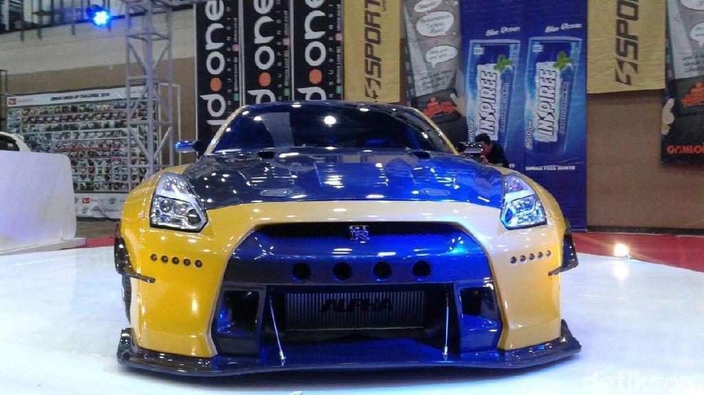 Modif Keren Nissan GT-R Asal Solo