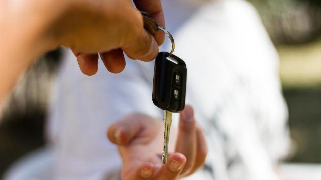 Wow! Para Bidan Ini Tawarkan Pelatihan Melahirkan di Mobil