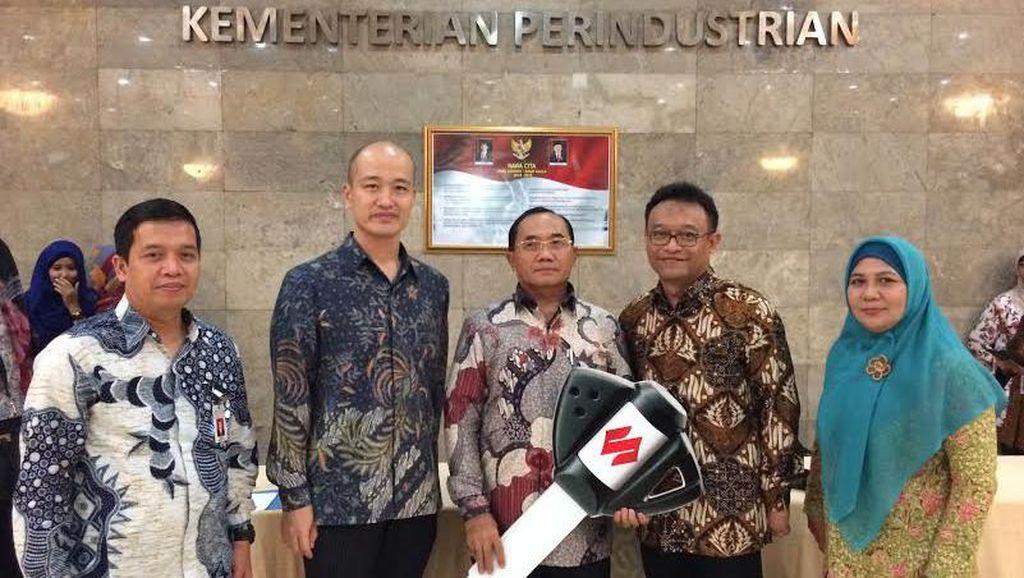 Suzuki Sumbang Ertiga ke Institusi Pendidikan Binaan Kemenperin