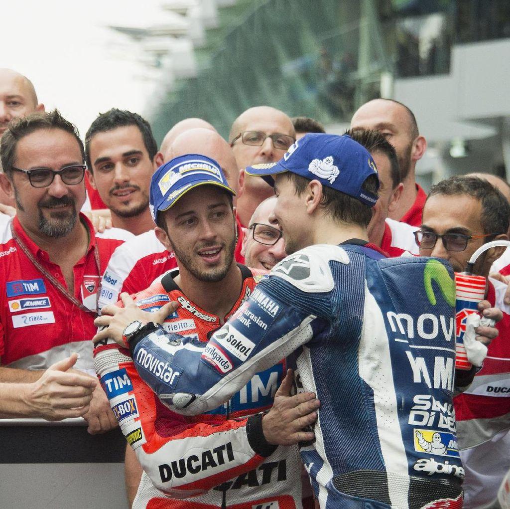 Tidak Seperti dengan Rossi, Lorenzo-Dovizioso Akan Baik-Baik Saja