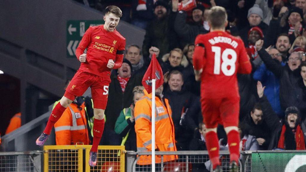 Pecahkan Rekor Owen, Ben Woodburn Jadi Pencetak Gol Termuda Liverpool