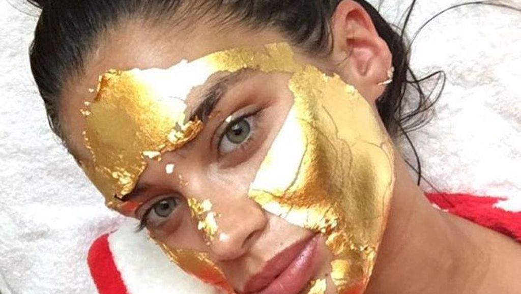 Foto: Lucunya Tampang Selebriti Saat Pakai Masker Wajah