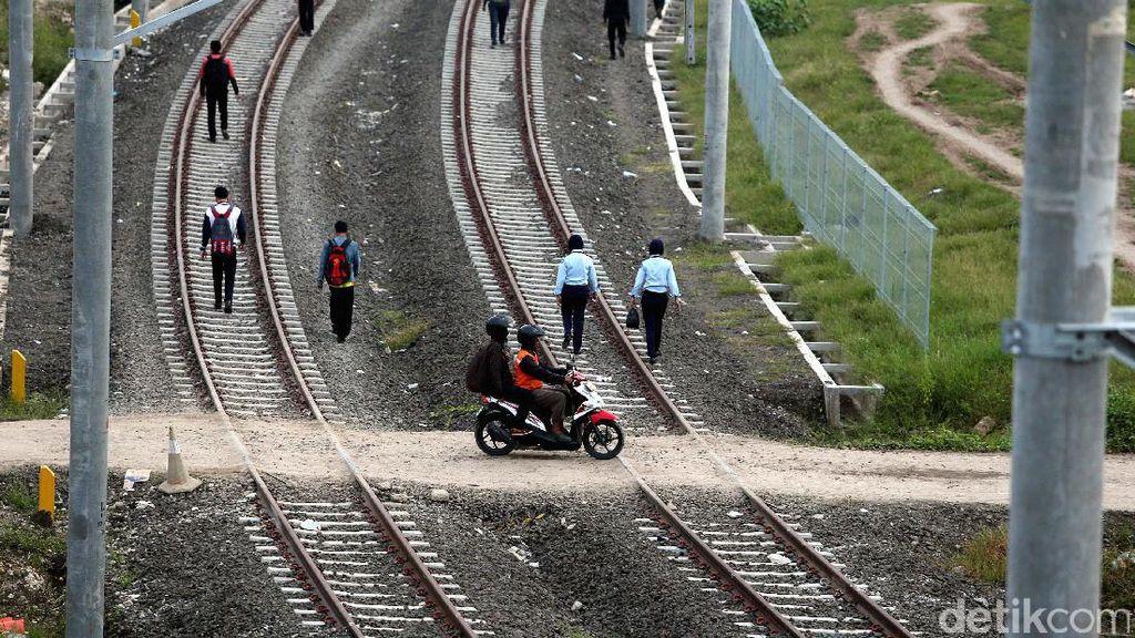 Bukan Lahan, Ini Masalah yang Dihadapi Kereta Kencang JKT-SBY