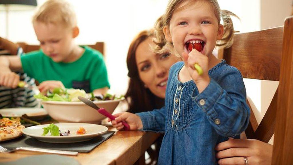 Agar Terbiasa Makan Sayur, Ini 4 Trik yang Bisa Dilakukan