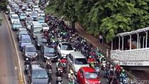 Larangan Motor Melintas di Sudirman Berlaku Akhir September