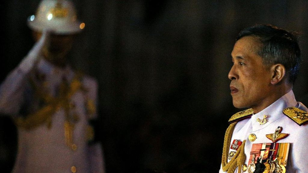 Remaja Jerman Tembakkan Pistol Mainan ke Raja Thailand