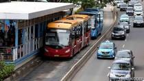 Bus TJ 054 di Cawang Terbakar karena Korsleting, TransJ Ingin Cek Berkala