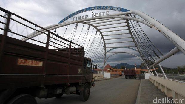 Gerbang Perbatasan dan Aliran Barang-barang ke Tetangga
