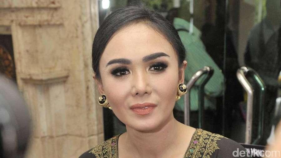 Yuni Shara Masih Cantik Aja