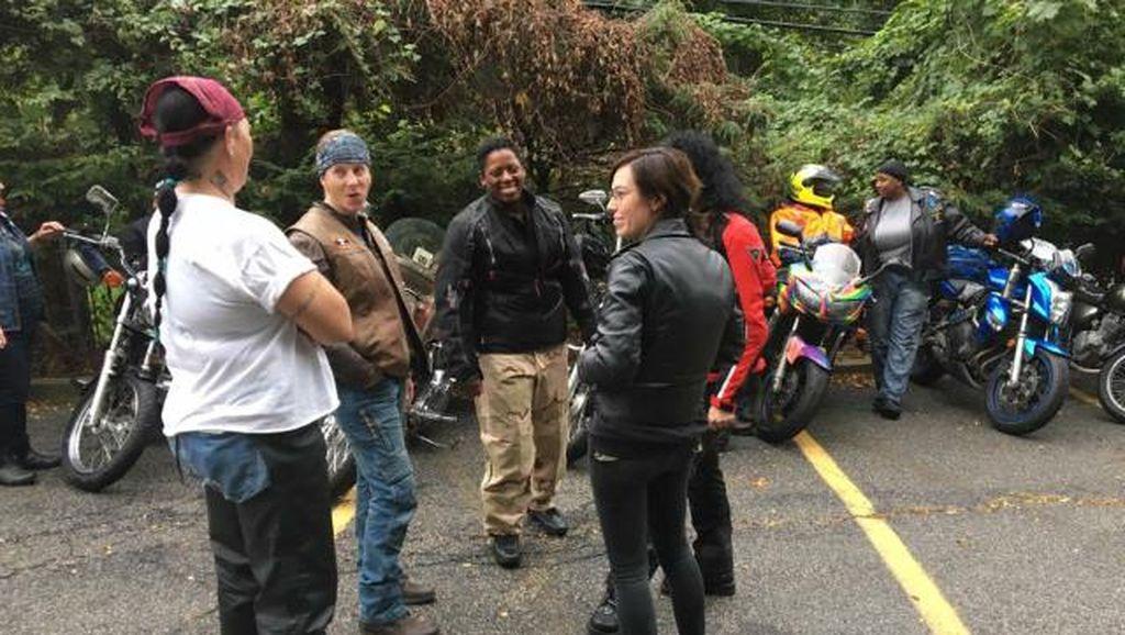 Jadi Milk Riders, Anggota Klub Motor Wanita Ini Distribusikan ASI Donor