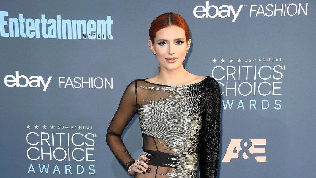 5 Seleb dengan Busana Terburuk di Critics Choice Awards 2016