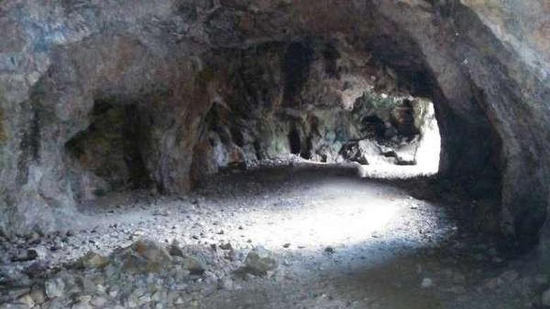 Gua tambang emas di Desa Lembong Tandai (Rohmat Fauzi/dTraveler)