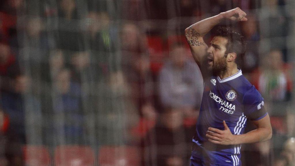 Fabregas 100% Bertahan di Chelsea Musim Depan