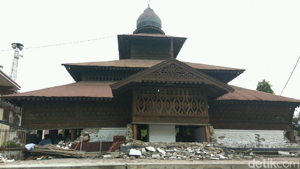 Potret Masjid 300 Tahun di Aceh yang Tak Hancur Oleh Gempa