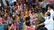 Senyum dan Ketabahan Anak-anak di Posko Penginapan Korban Gempa Aceh