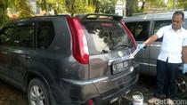 Mobil Misterius Sebulan Terparkir di RS Gatoel Diderek Polisi