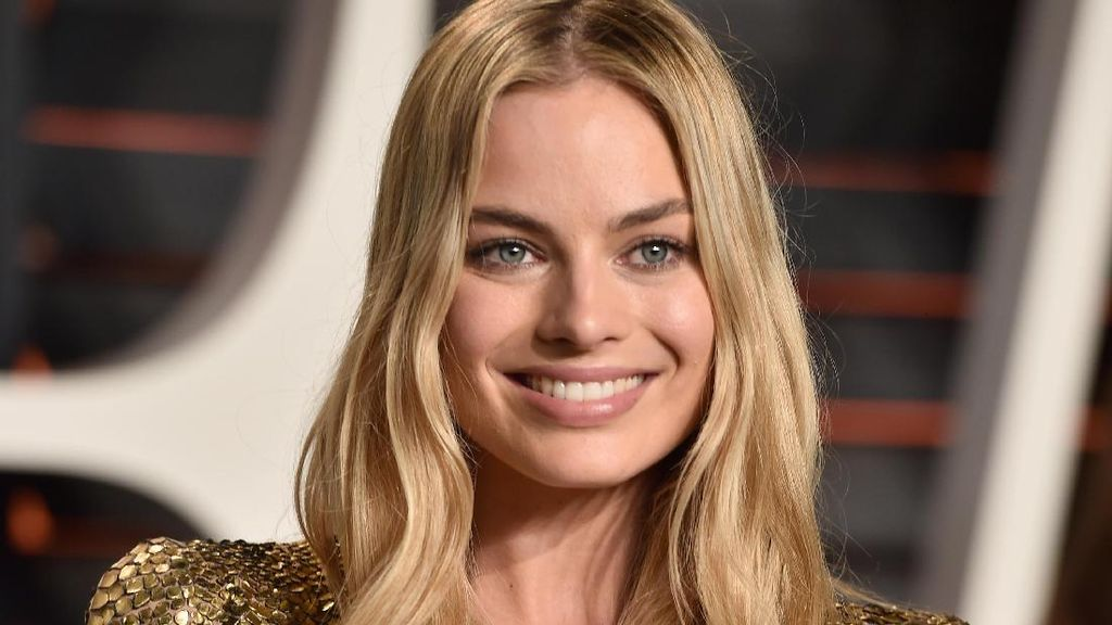 Margot Robbie Akan Main di Spin-off Robin Hood