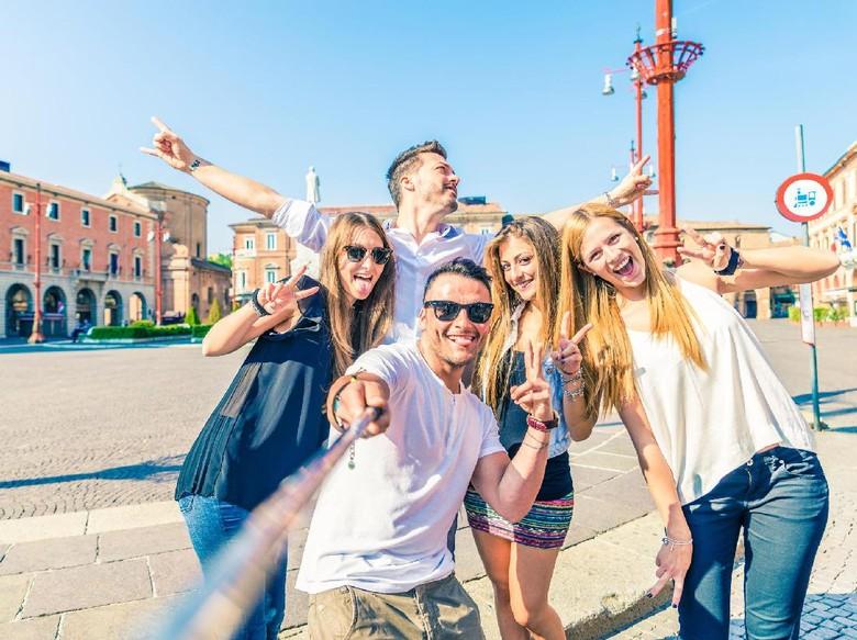 Traveling Ramai-ramai Bareng Teman? Simak Dulu 8 Tipsnya