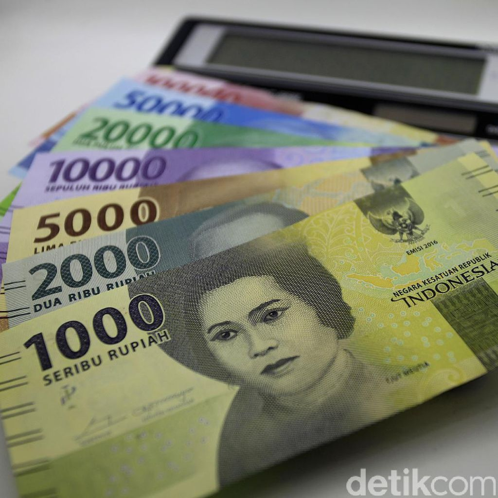 Mengajarkan Anak Tentang Uang (1)