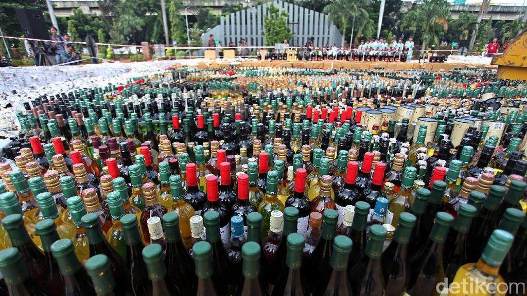 Polisi Syariat Aceh Razia Miras dan Sejoli Remaja Jelang Ramadan