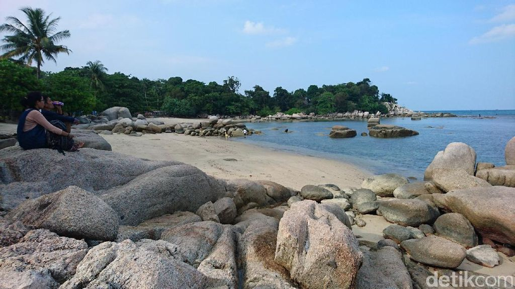 Long Weekend Natal, Tamasya ke Pantai Trikora Pulau Bintan