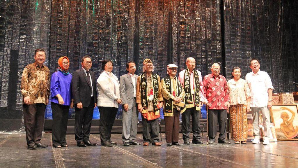 Federasi Teater Indonesia Beri Penghargaan pada Ciputra