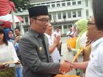 Sst... Ridwan Kamil Janji Tak Tanya Kapan Nikah saat Open House