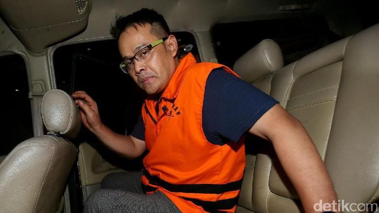 Pemeriksaan Perdana Fahmi Darmawansyah di KPK