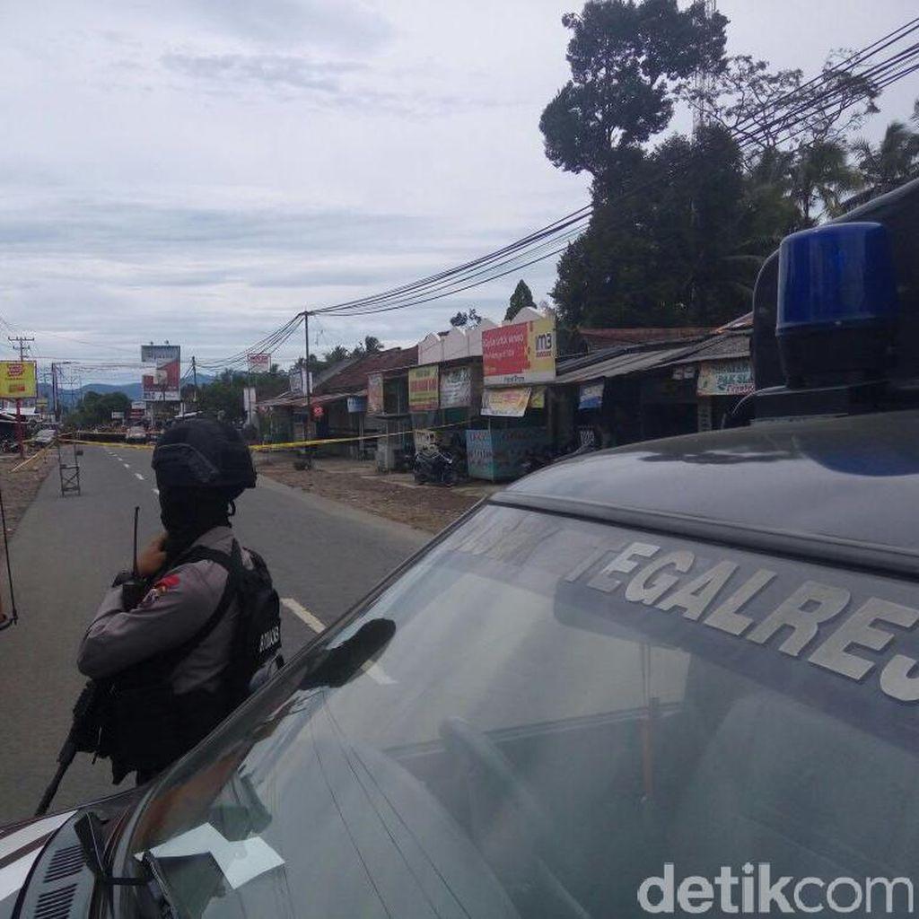 Duarr! Polisi Ledakkan Tas Mencurigakan di Dekat Pasar Tegalrejo Magelang