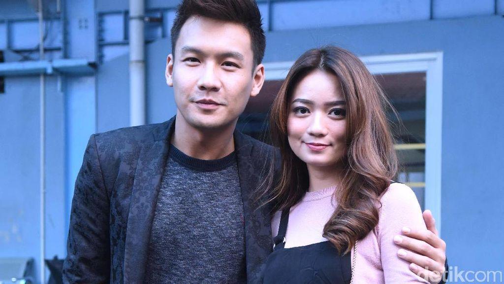 Persiapan Pernikahan Fendy Chow dan Stella Sudah 70 Persen