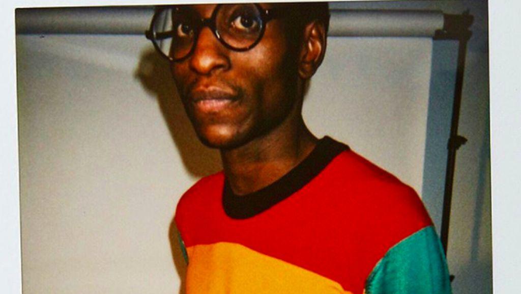 Kolaborasi Vetements x Comme des Garcons Rilis Sweater LGBT Rp 8,4 Juta