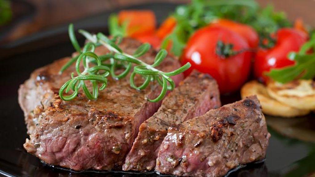 Pasuruan hingga Merauke Punya Olahan Steak Daging Rusa dan Abon yang Sedap!