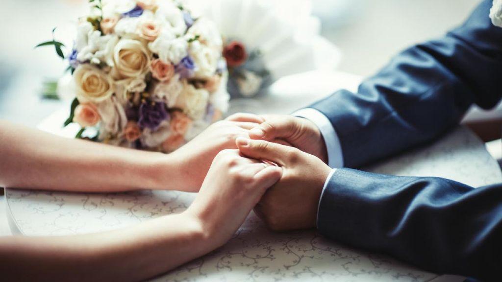 Wanita Nikahi Pria yang Jauh Lebih Tua, Dipengaruhi Pengalaman Masa Lalu?