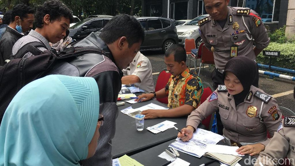 STNK dll Naik, Polisi: Itu Demi Pelayanan Masyarakat Kok