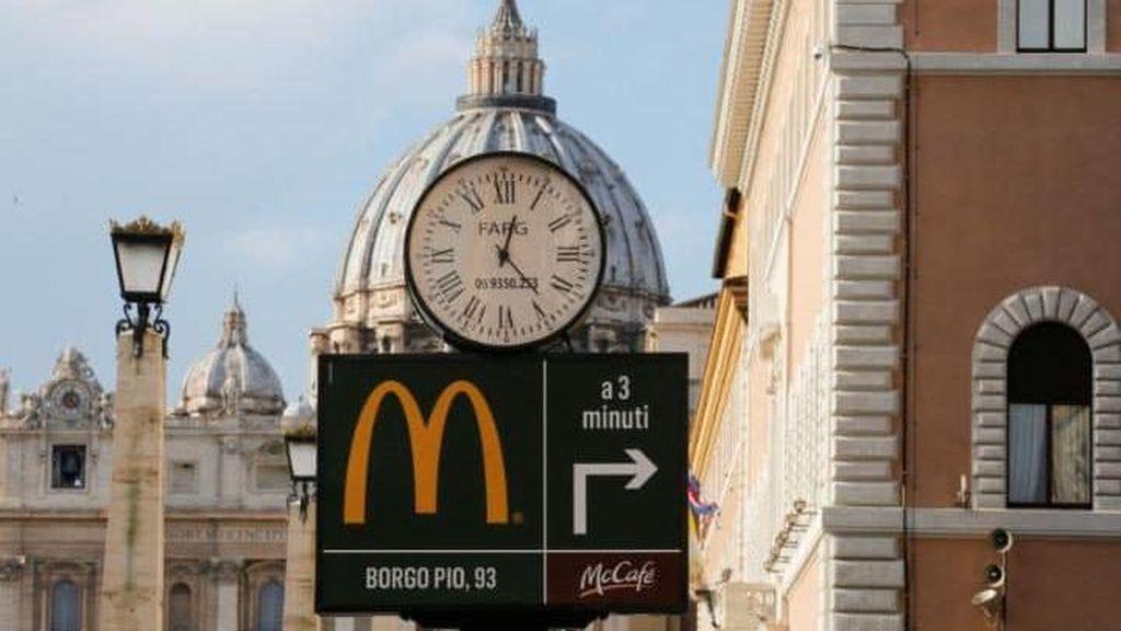 Pembukaan Gerai McDonalds di Vatikan Disambut Kritik Tajam