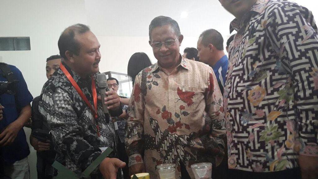 Darmin Kunjungi Pabrik Bom Pesawat Sukhoi Made in Malang