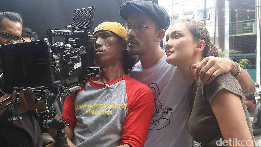 Intip Luna Maya Main Film Lagi