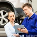Tips Mengendarai Mobil yang Masih Gres, Baru dari Showroom