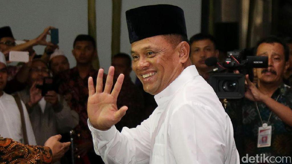 Namanya Melambung Seiring Aksi Bela Islam