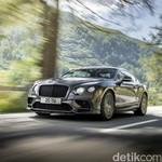 Bentley Produksi Mobil Mewah 4 Kursi Paling Cepat di Dunia