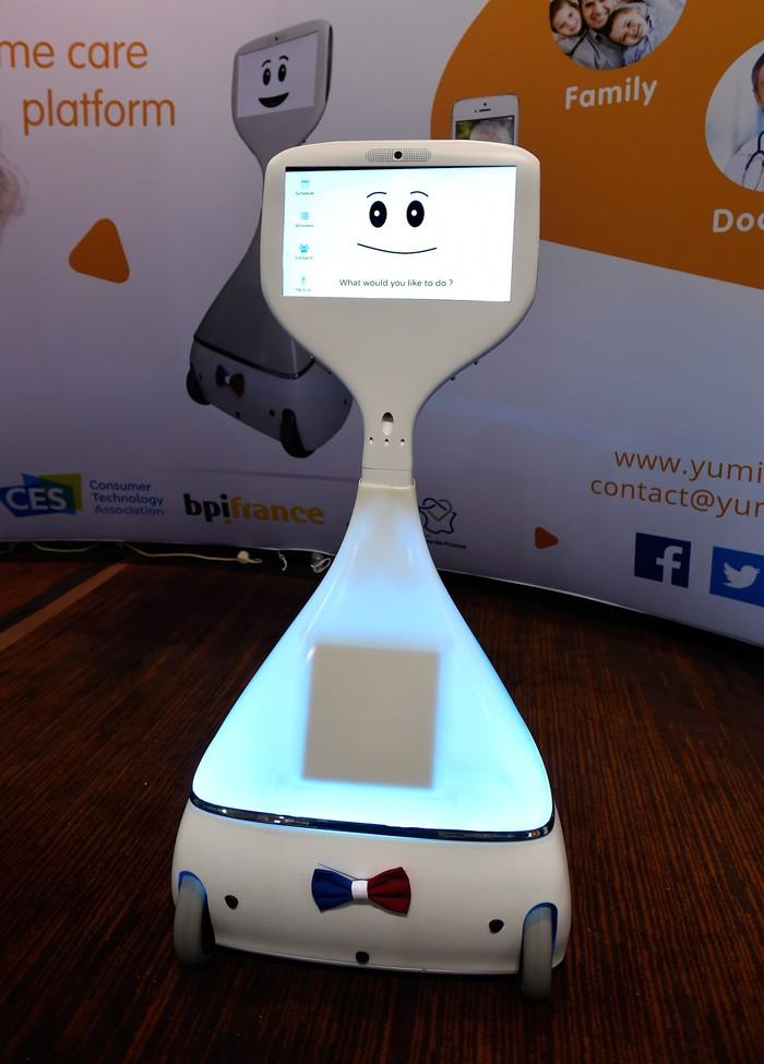 Cutii, robot buatan Yumii tampak menggemaskan di bagian layanyar bisa digunakan untuk para orang tua agar tetap terhubung dengan dunia sekitar mereka. (Foto: GettyImages/Ethan Miller)