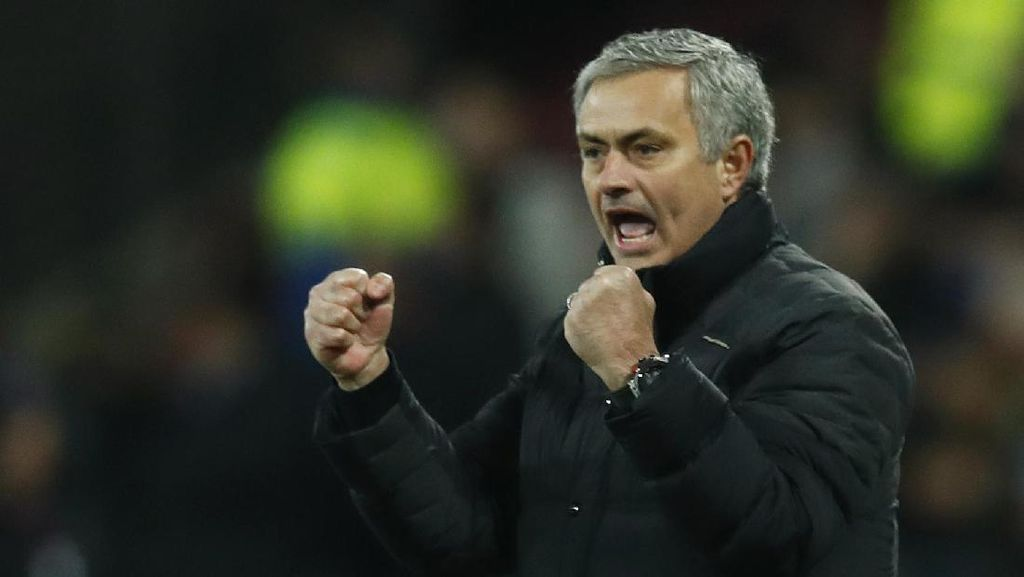 Sisi Lain Mourinho yang Belum Banyak Orang Tahu
