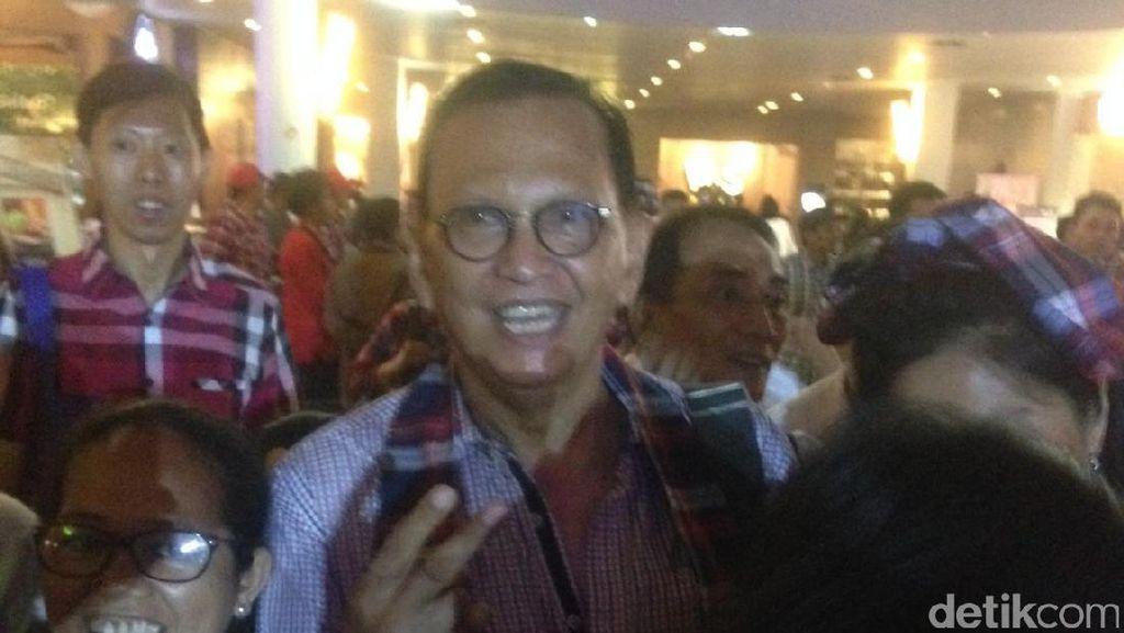 Lidya Kandou hingga Roy Marten Hadiri Flash Mob Relawan Ahok-Djarot