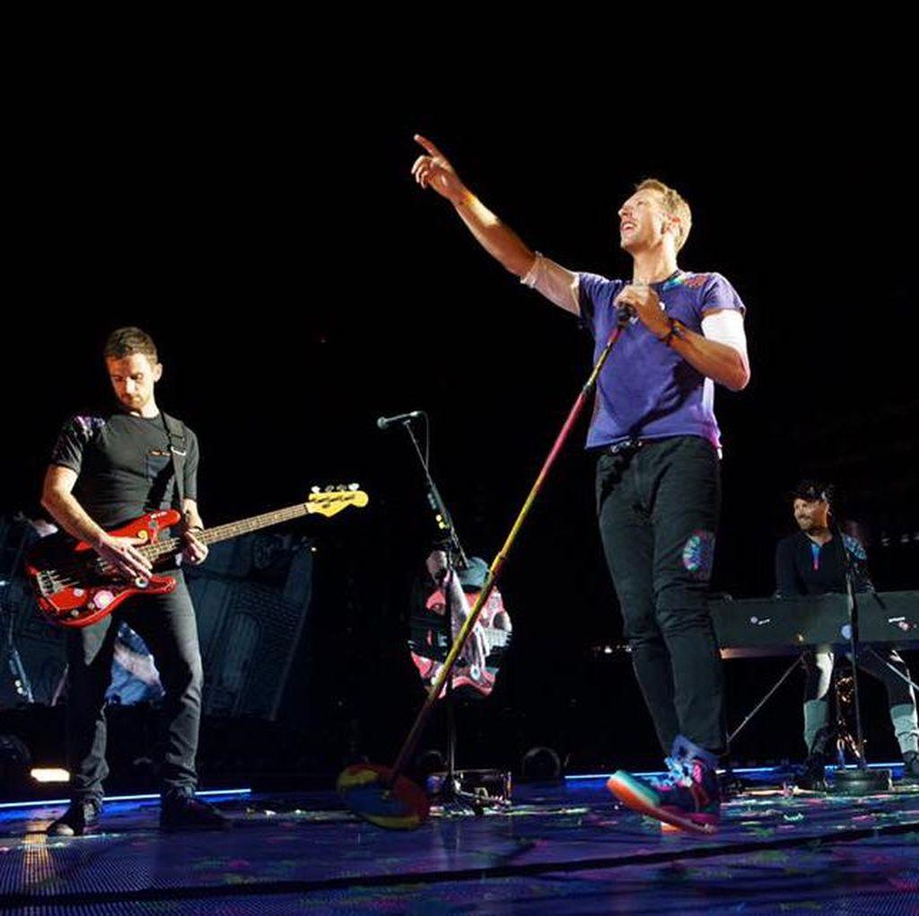 Jelang Konser di Singapura, Coldplay Tambah Jadwal Tur