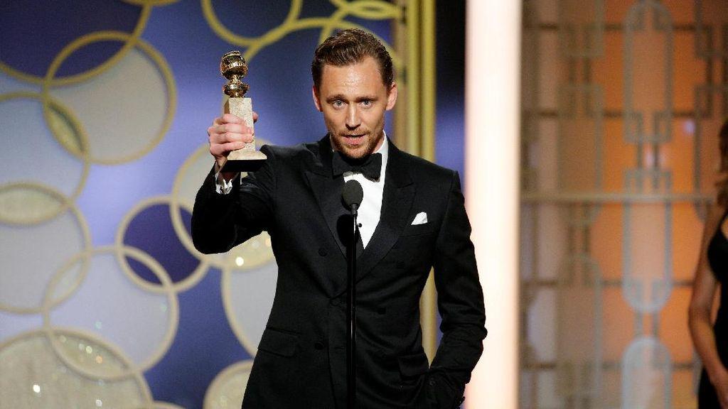 Tom Hiddleston Dikabarkan Masih Malu Soal Asmara dengan Taylor Swift